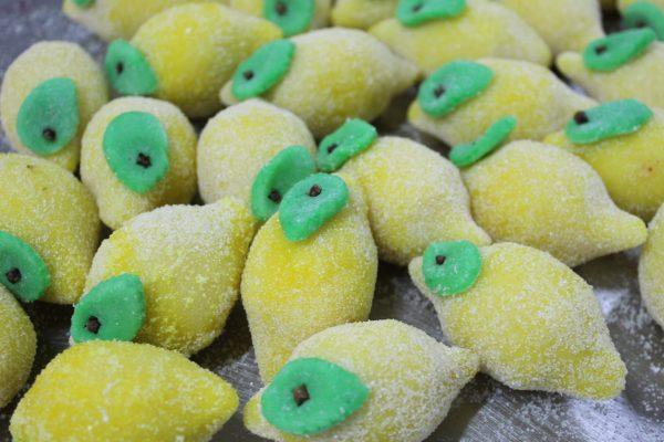 Fruttini di pasta di mandorla